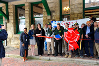 RR-RibbonCutting_049